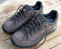 How to Pick the Best Walking Shoe